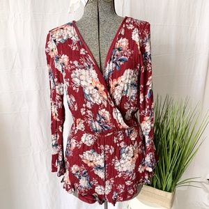 One Clothing Los Angeles Romper Floral Size Large